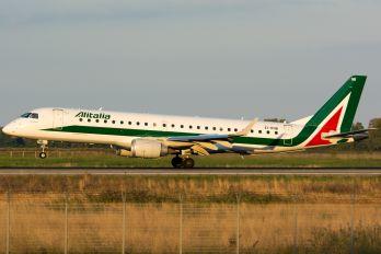 EI-RNB - Alitalia Embraer ERJ-190 (190-100)