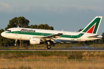 EI-IMB - Alitalia Airbus A319