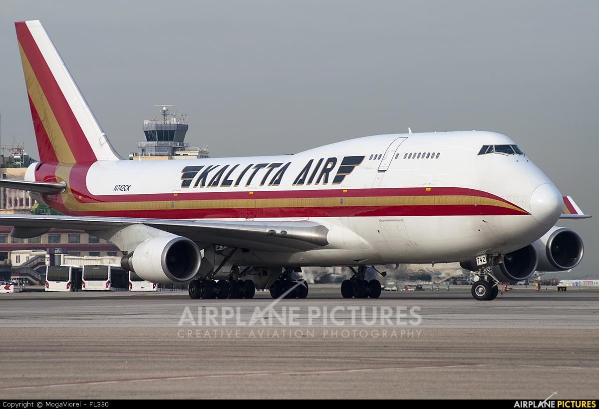 Kalitta Air N742CK aircraft at Madrid - Barajas