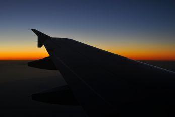 OE-LED - Niki Airbus A319