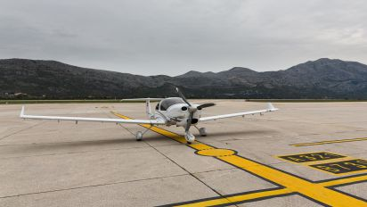 OE-KRG - Diamond Aircraft Industries Diamond DA 40 Diamond Star