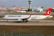 Turkish Airlines first Airbus with sharklets title=
