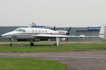 N8244L - Private Beechcraft 2000 Starship