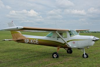 SP-KCE - Private Cessna 152