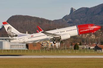 LN-DYA - Norwegian Air Shuttle Boeing 737-800