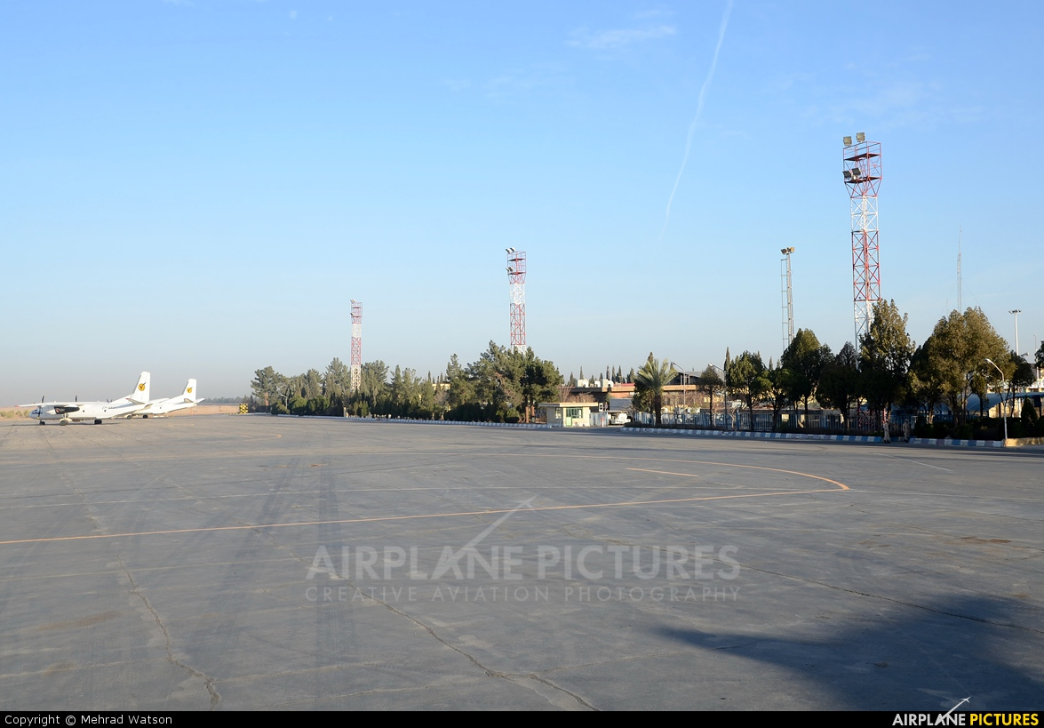 - Airport Overview - aircraft at Yazd - Shahid Sadooghi