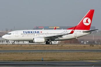 TC-JKN - Turkish Airlines Boeing 737-700