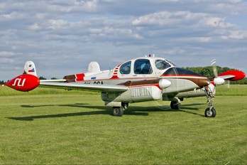 OK-OGA - Private LET L-200 Morava