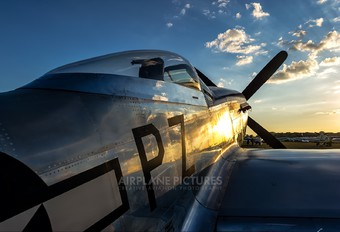 N5551D - Private North American P-51D Mustang