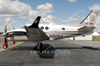 N910KA - Hawker Beeechcraft Corp. Beechcraft 90 King Air