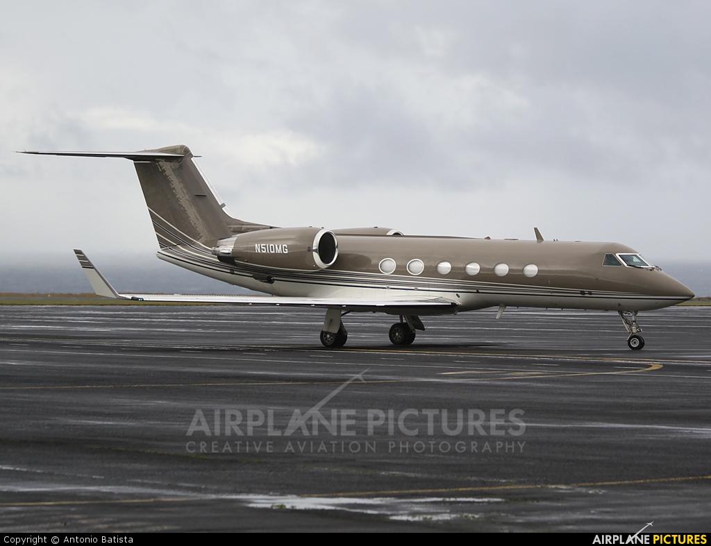 Private N510MG aircraft at Azores - Santa Maria