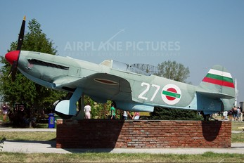 27 - Bulgaria - Air Force Yakovlev Yak-9UM