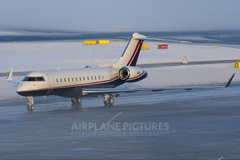 N6D - Private Bombardier BD-700 Global Express