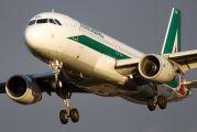 EI-DSP - Alitalia Airbus A320 aircraft