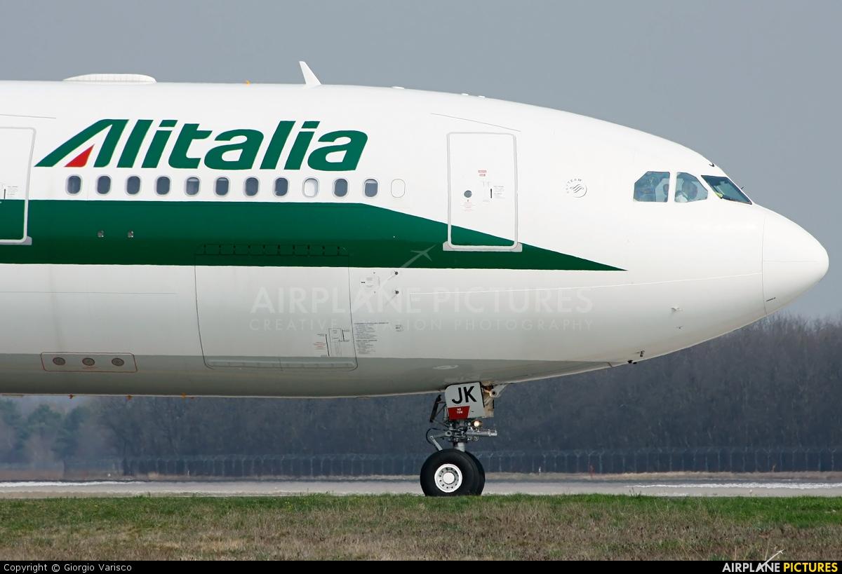 Alitalia EI-EJK aircraft at Milan - Malpensa
