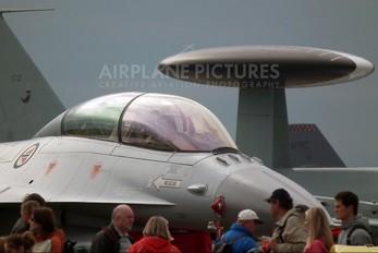 305 - Norway - Royal Norwegian Air Force General Dynamics F-16B Fighting Falcon