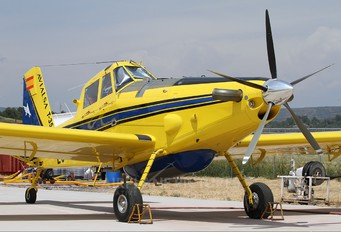 EC-LMQ - Avialsa Air Tractor AT-502