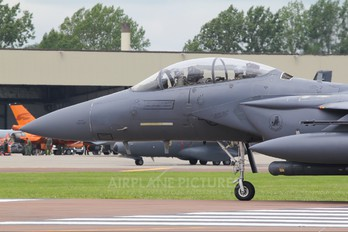 01-2003 - USA - Air Force McDonnell Douglas F-15E Strike Eagle
