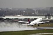 N863DA - Delta Air Lines Boeing 777-200ER aircraft
