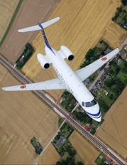CE-01 - Belgium - Air Force Embraer ERJ-135