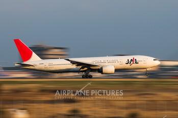 JA8981 - JAL - Japan Airlines Boeing 777-200