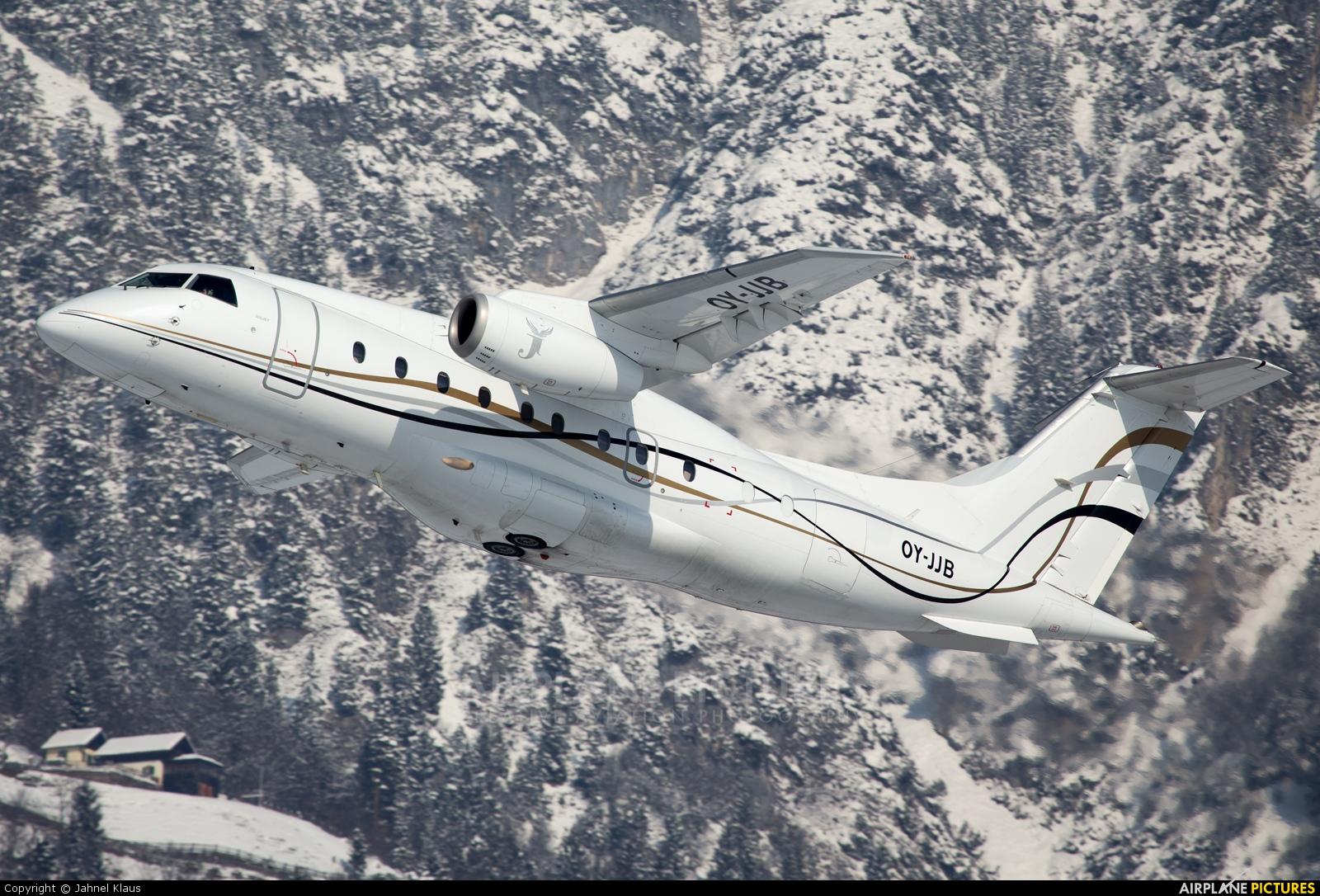 Sun Air OY-JJB aircraft at Innsbruck