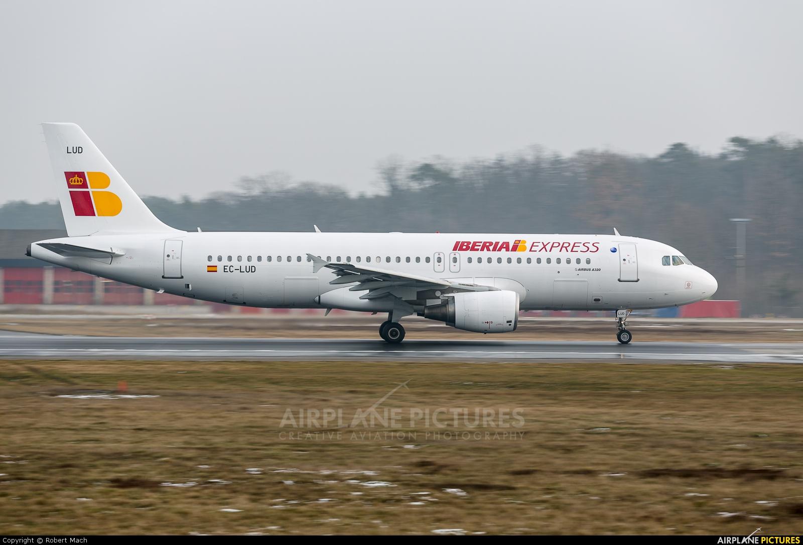 Iberia Express EC-LUD aircraft at Frankfurt