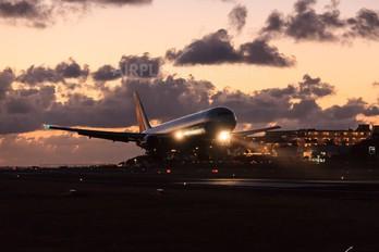 - - Air Canada Boeing 767-300
