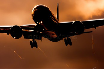 - - British Airways Boeing 777-200ER