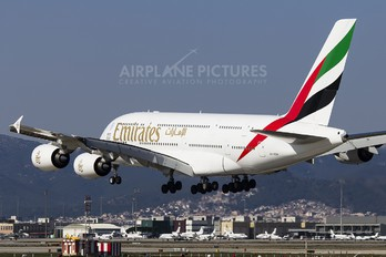 A6-EDX - Emirates Airlines Airbus A380