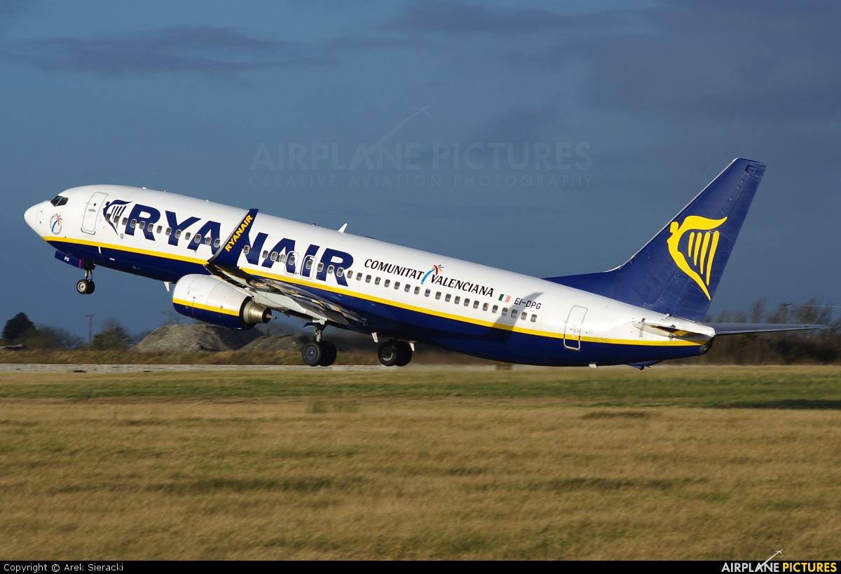 Ryanair EI-DPG aircraft at Dublin