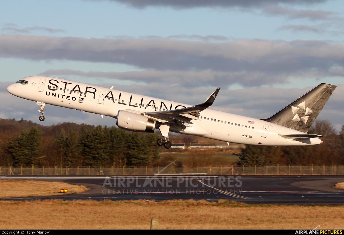 United Airlines N14120 aircraft at Edinburgh