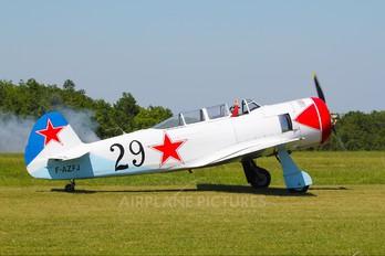 F-AZFJ - Private Yakovlev Yak-11