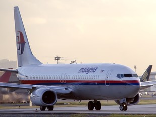9M-MLF - Malaysia Airlines Boeing 737-800