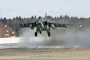 02 - Russia - Air Force Sukhoi Su-25SM