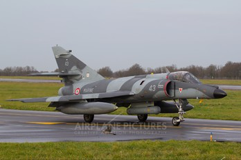 43 - France - Navy Dassault Super Etendard