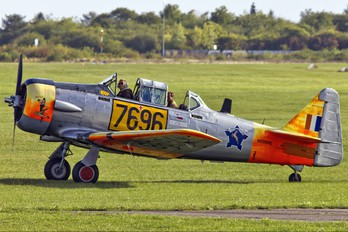 N696RE - Private North American Harvard/Texan (AT-6, 16, SNJ series)