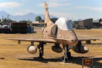 153486 - USA - Navy Douglas TA-4J Skyhawk