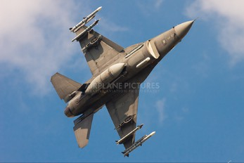 90-0813 - USA - Air Force Lockheed Martin F-16CJ Fighting Falcon