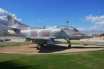 154649 - USA - Navy McDonnell Douglas TA-4J Skyhawk