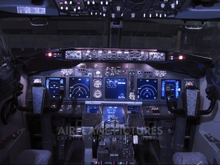 PR-GOH - GOL Transportes Aéreos  Boeing 737-700
