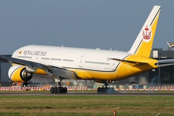 V8-BLC - Royal Brunei Airlines Boeing 777-200ER