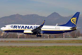 EI-EKY - Ryanair Boeing 737-800