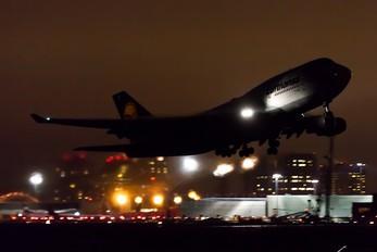 D-ABVE - Lufthansa Boeing 747-400