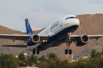 N657JB - JetBlue Airways Airbus A320