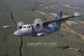 2718 - Slovakia -  Air Force LET L-410UVP Turbolet