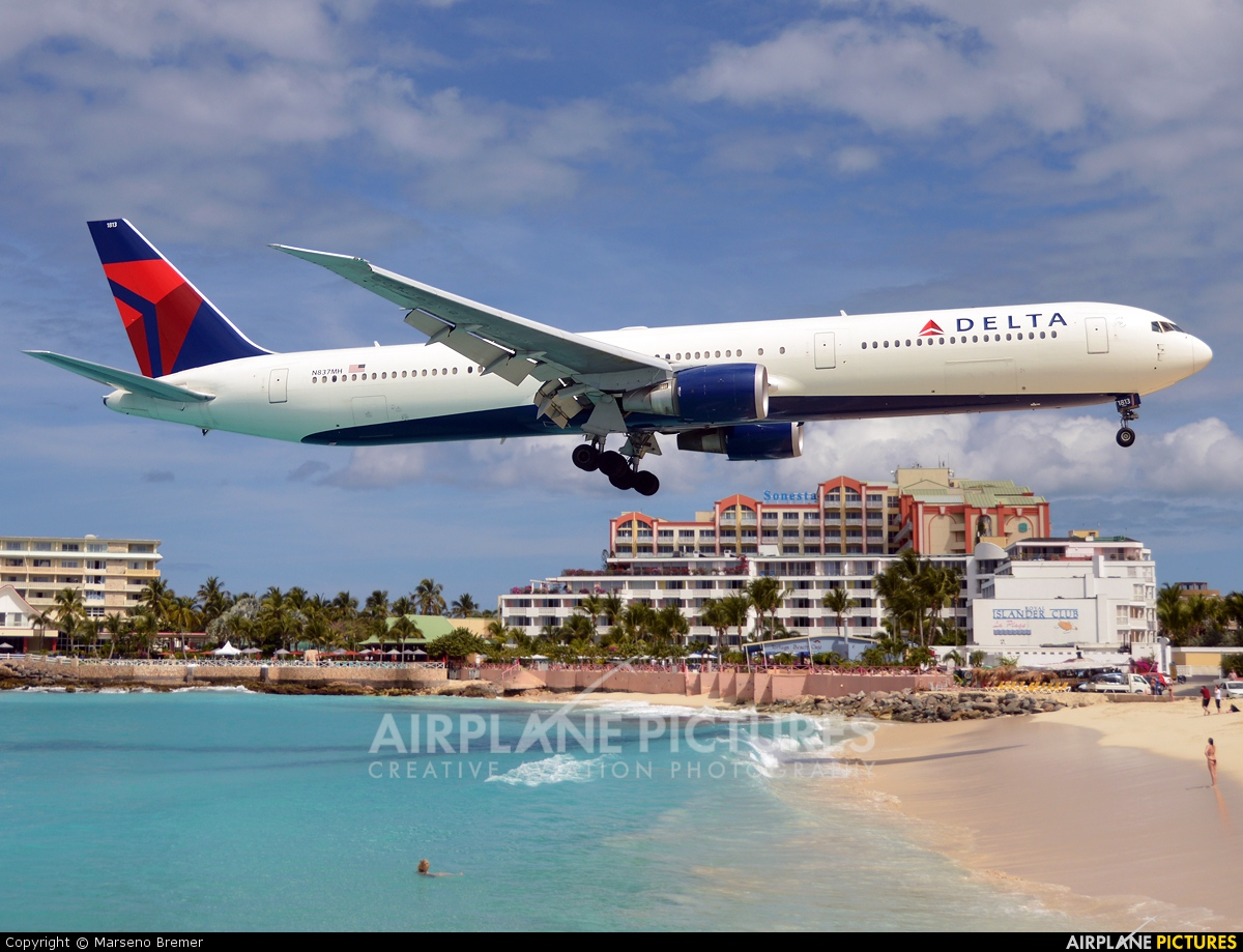 Boeing 767-400ER The Delta Airlines Aircraft Wallpaper 2171 - AVIONALE