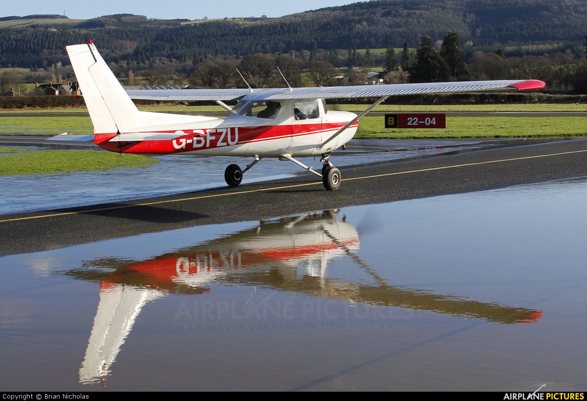 Private G-BFZU aircraft at Welshpool
