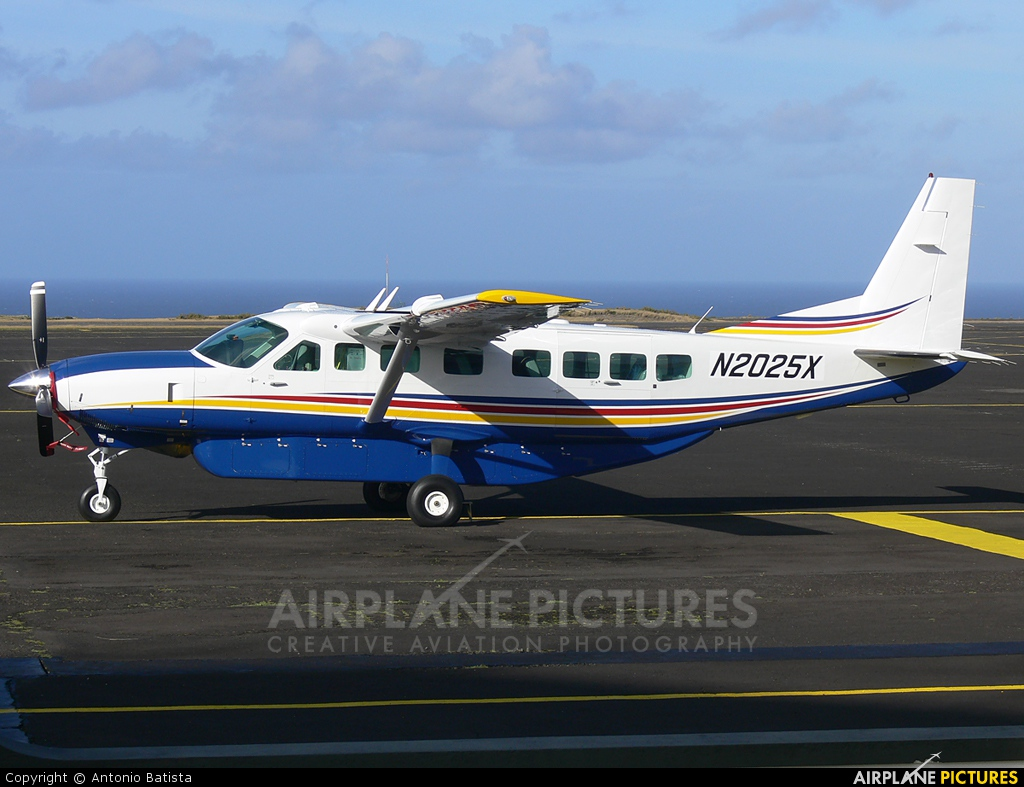 Private N2025X aircraft at Azores - Santa Maria