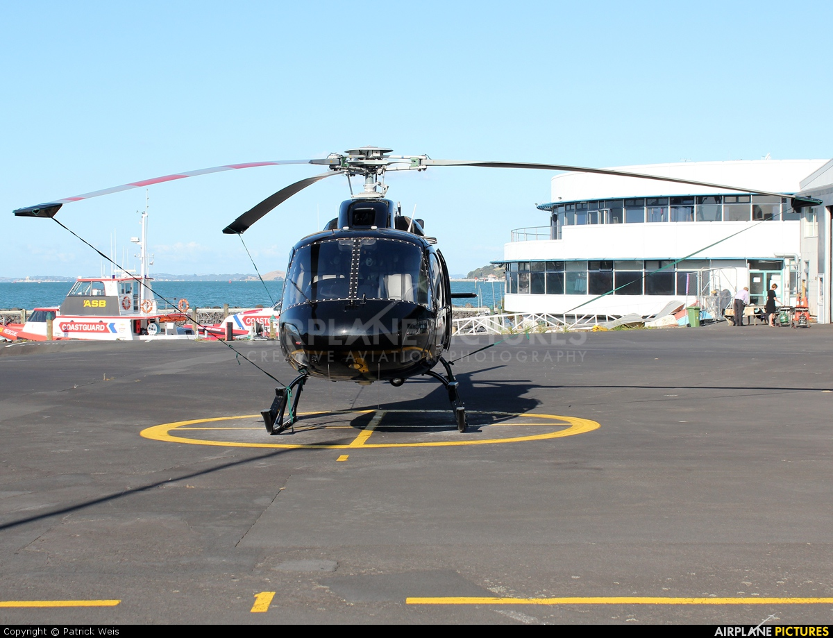 Helilink ZK-HPA aircraft at Mechanics Bay Heliport